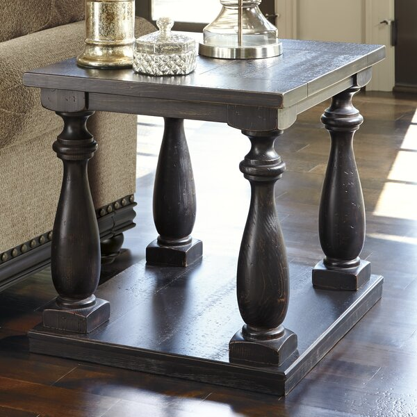 Lewisburg End Table by Darby Home Co