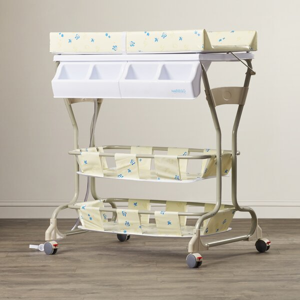 Bathinette Deluxe Bathtub and Changer Combo by Baby Diego