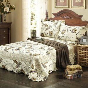 Seasons Eve Bedspread Set