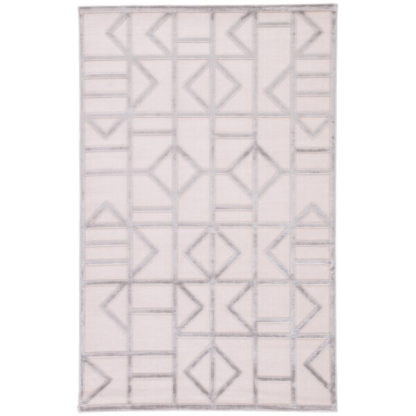 Totem Power-Loomed White/Silver Area Rug by Wrought Studio