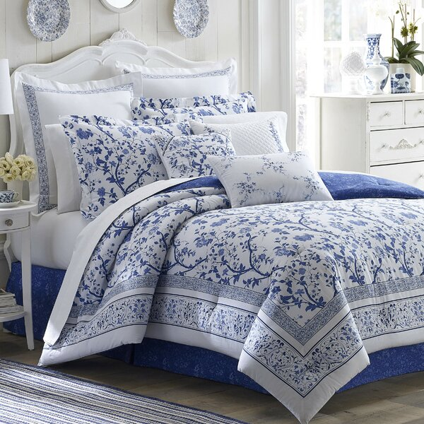 Charlotte Cotton Duvet Set by Laura Ashley Home by Laura Ashley Home