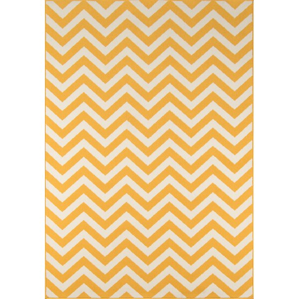 Halliday Traditional Yellow Indoor/Outdoor Area Rug by Beachcrest Home