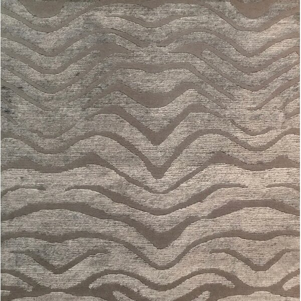 Metro-Velvet Hand-Knotted Light Gray Area Rug by Exquisite Rugs