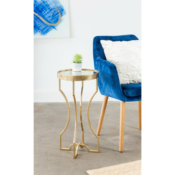 Moreno Tray Table by House of Hampton