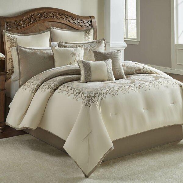 Tardiff Hillcrest Comforter Set