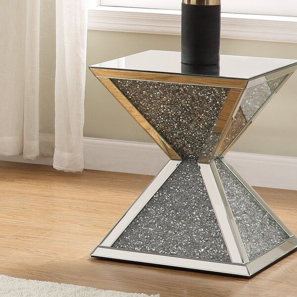Whitaker End Table By House Of Hampton