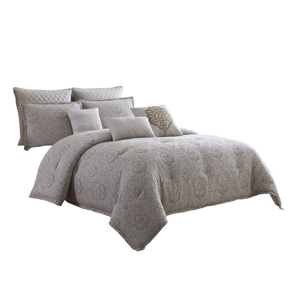 Kimzey Comforter Set