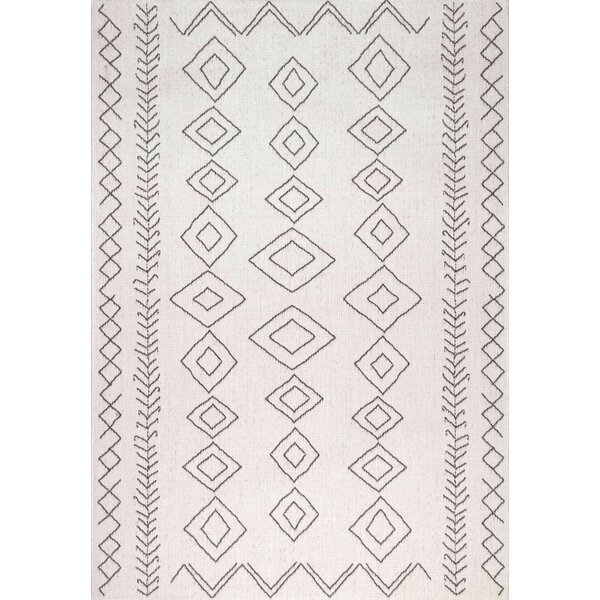 Honora Ivory Indoor/Outdoor Area Rug by Union Rustic