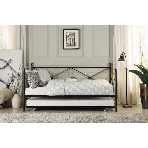 Yarbrough Contemporary Daybed with Trundle by August Grove