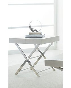 Great Price Ava End Table ByStandard Furniture