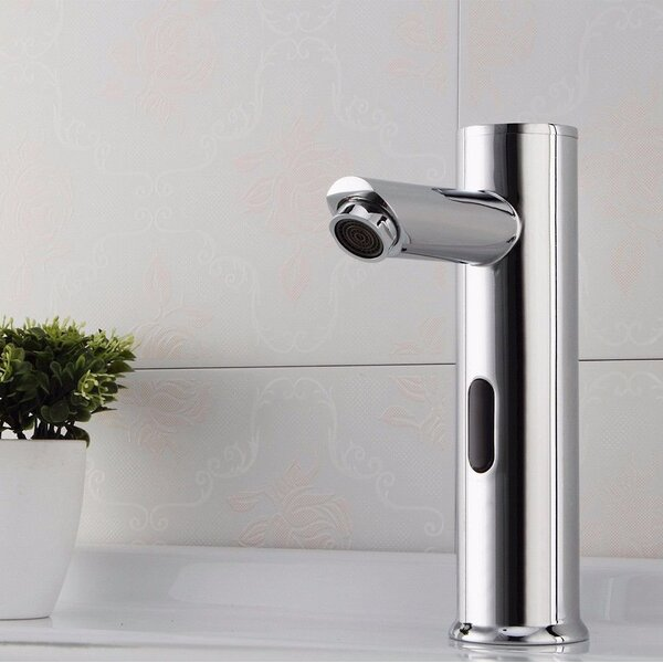 Solo Single Hole Bathroom Faucet