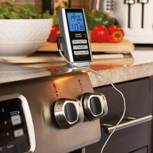 Digital Meat Thermometer by Maverick