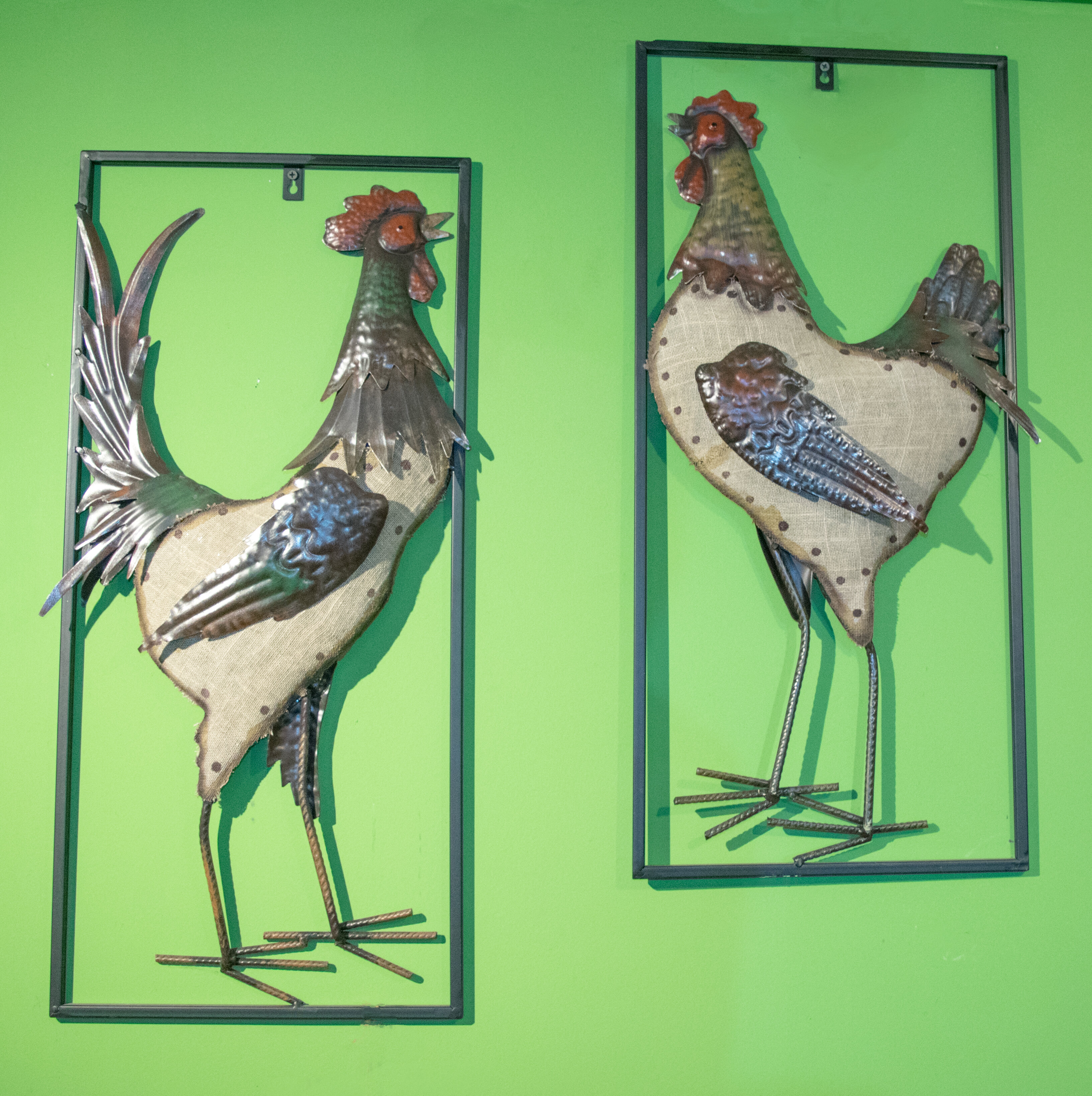 August Grove 2 Piece Roosters Metal