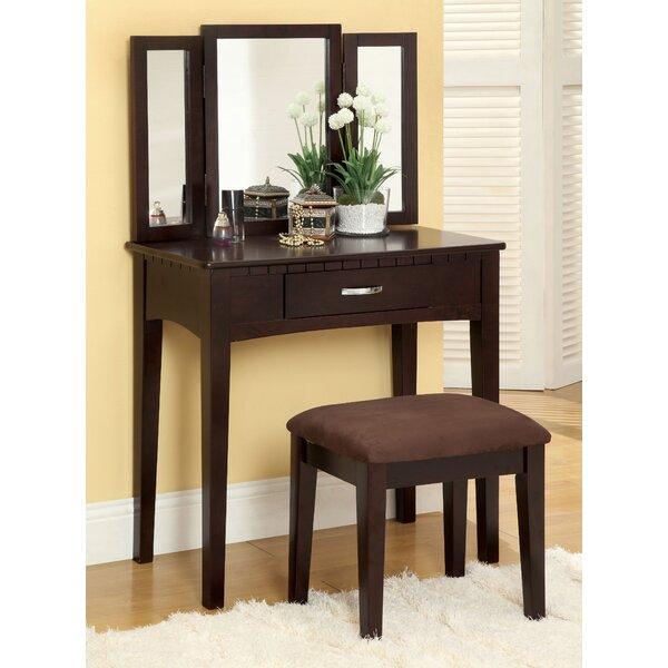 Glam Bedroom Design Photo By Wayfair: Hokku Designs Gracie Vanity Set With Mirror And Stool
