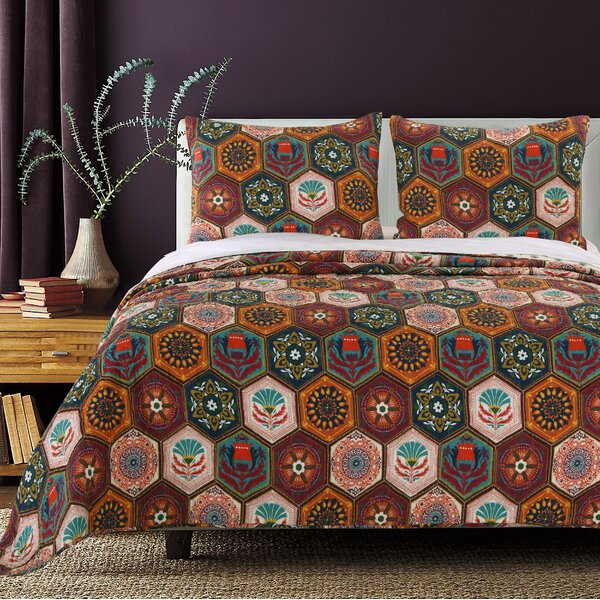 Annika Cotton Reversible Quilt Set by Greenland Home Fashions