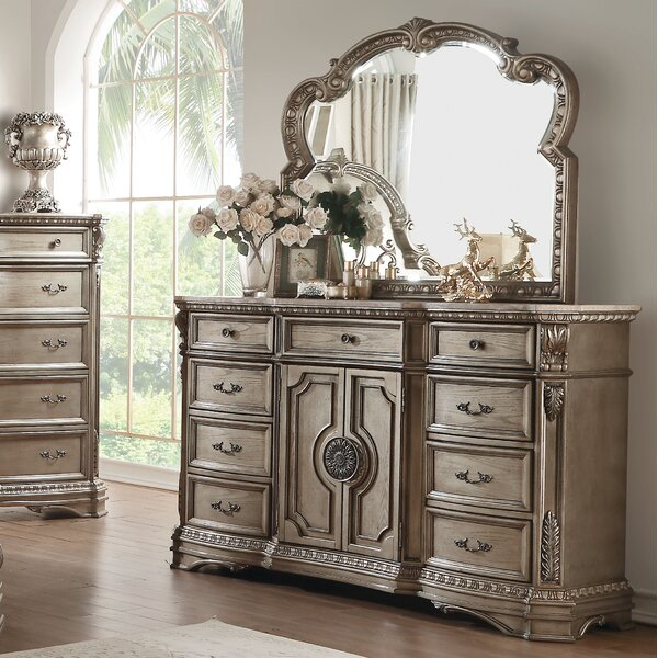 Leanos 9 Drawer Combo Dresser with Mirror by Rosdorf Park