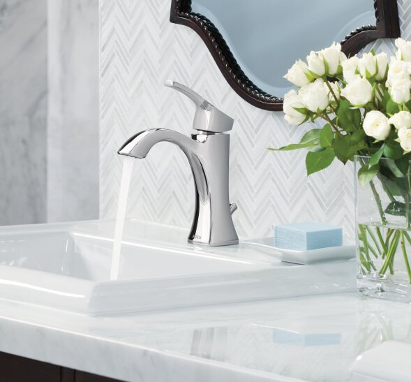 Voss Single Hole Bathroom Faucet with Drain Assemb