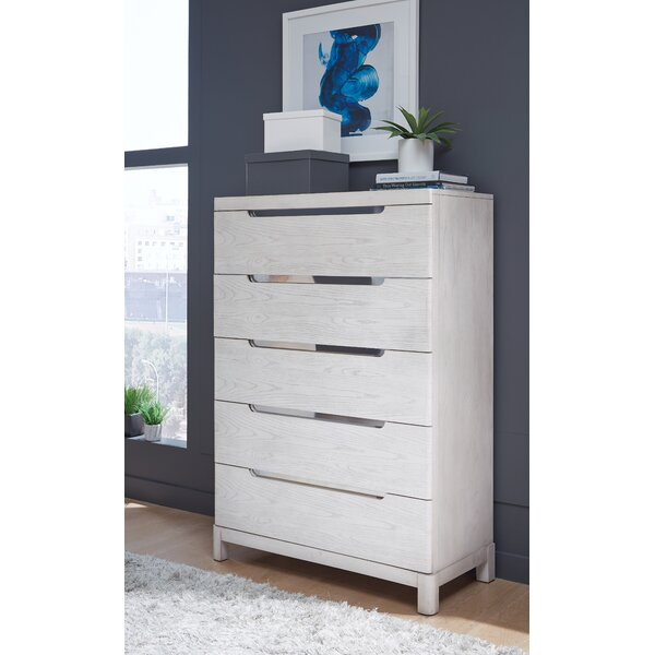 Isse 5 Drawer Chest by Brayden Studio