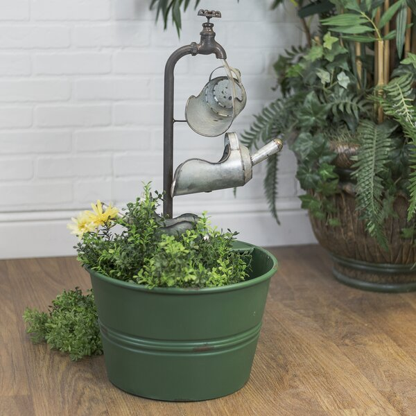 Metal Charming Farmhouse Style 3 Scoop Fountain by American Mercantile