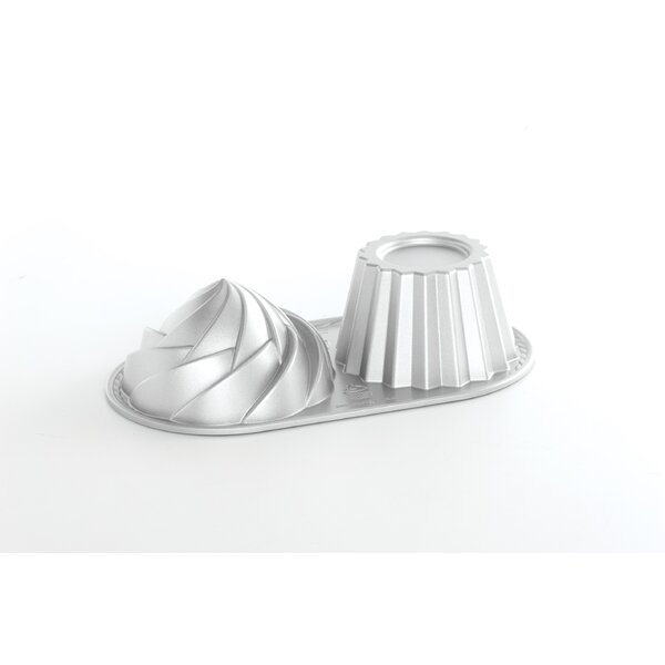 6 Cup Cute Cupcake Pan by Nordic Ware