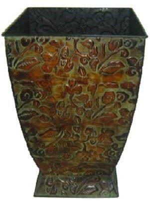 Haughton Elegant Square Metal Pot Planter by Fleur De Lis Living