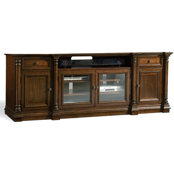 Leesburg 84 TV Stand by Hooker Furniture