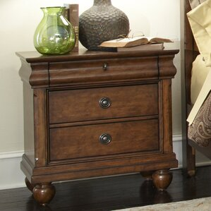 Oreana 3 Drawer Wood Bachelor's Chest by Three Posts