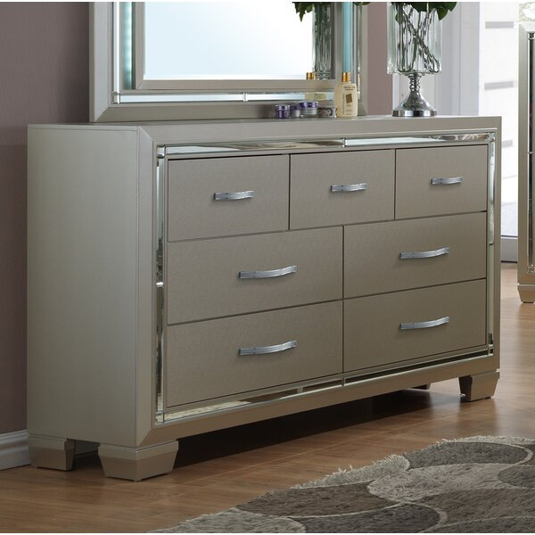 Lawlor 7 Drawer Dresser by Rosdorf Park