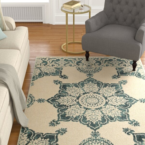 Ravenwood Beige/Green Area Rug by Alcott Hill