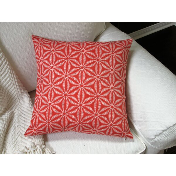 Louison Coastal Starfish Indoor/Outdoor Pillow by Rosecliff Heights