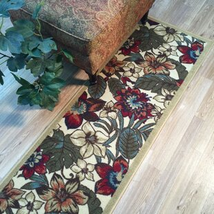 Savings Beauchamp Square Red/Green Area Rug ByAndover Mills