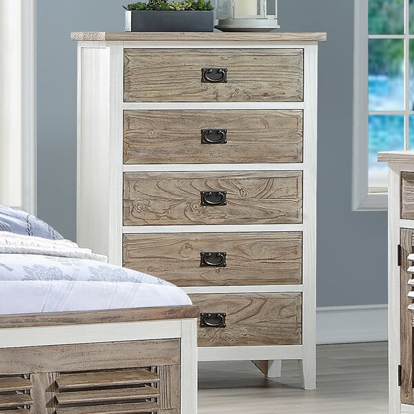 Matthews 5 Drawer Chest by Rosecliff Heights