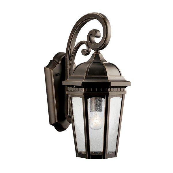 Courtyard 1-Light Outdoor Wall Lantern by Kichler