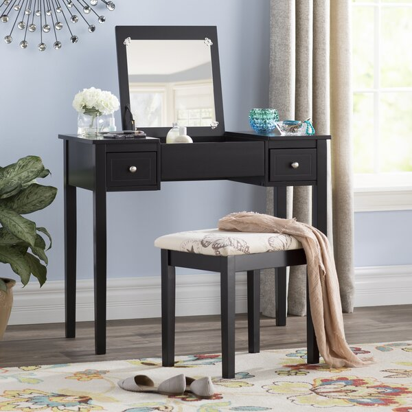 Kinkaider Vanity Set with Mirror by Andover Mills Andover Mills