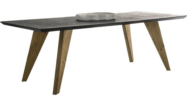 Rino Extendable Dining Table by YumanMod