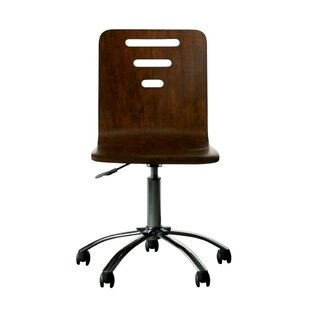 Reviews Teaberry Lane Kids Desk Chair ByStone & Leigh™ by Stanley Furniture