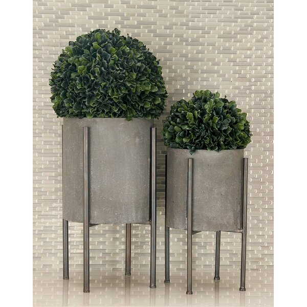 2-Piece Iron Pot Planter Set by Cole & Grey