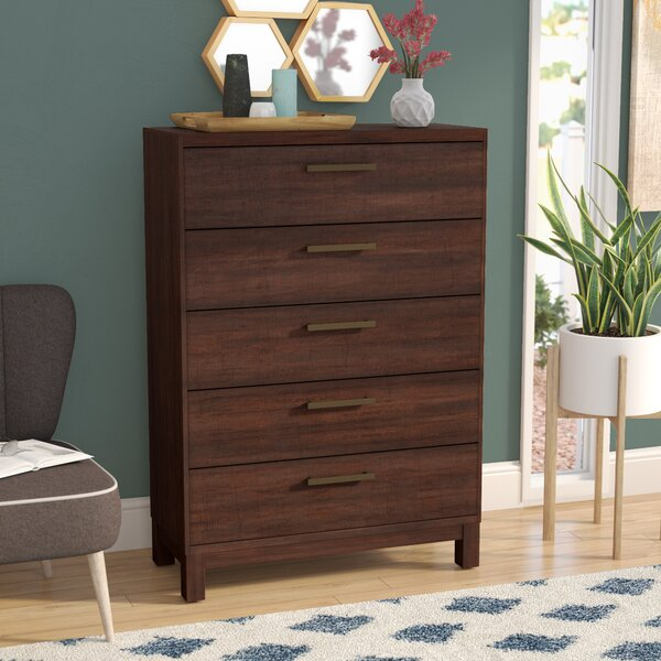Shrout 5 Drawer Chest by Gracie Oaks