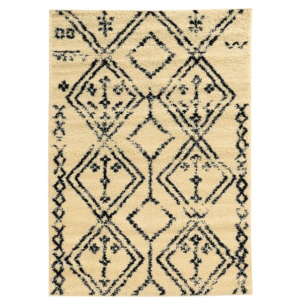 Westland Ivory/Black Indoor/Outdoor Area Rug by Threadbind