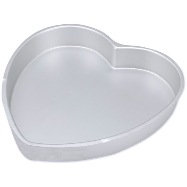 Heart Shape Cake Pan by Wilton