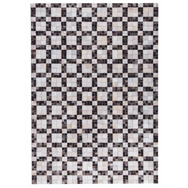 Bricka Hand woven White/Gray Area Rug by M.A. Trading