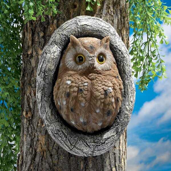 Octavius Knothole Owl Tree Statue by Design Toscan