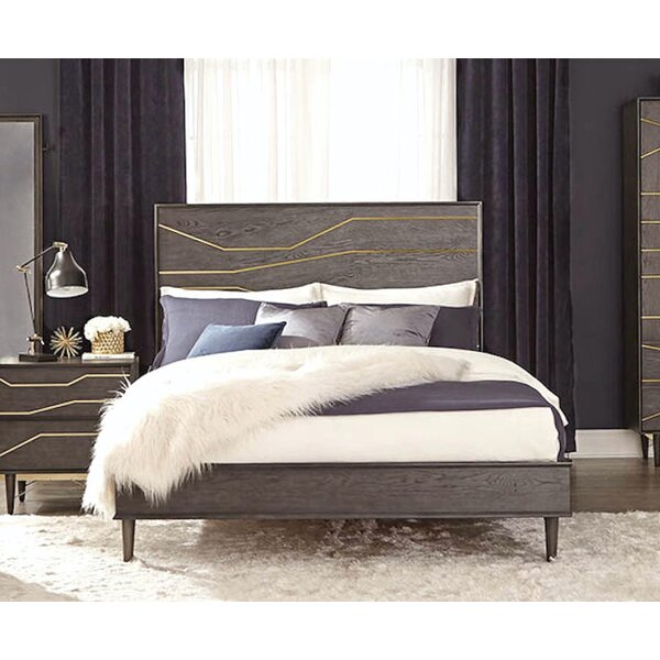 Lavonne Standard Bed by Everly Quinn