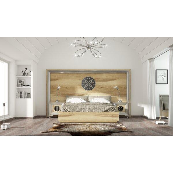 Jerri Platform 3 Piece Bedroom Set by Everly Quinn