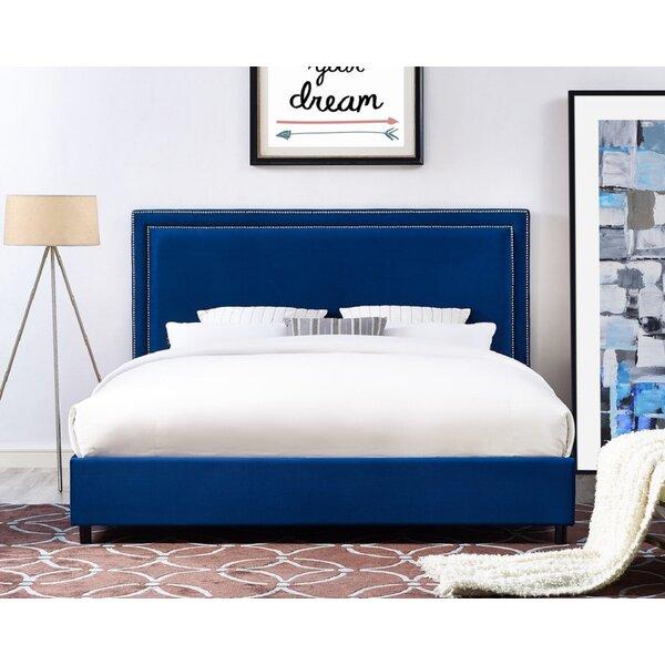 Saundra Velvet Upholstered Platform Bed by Everly Quinn