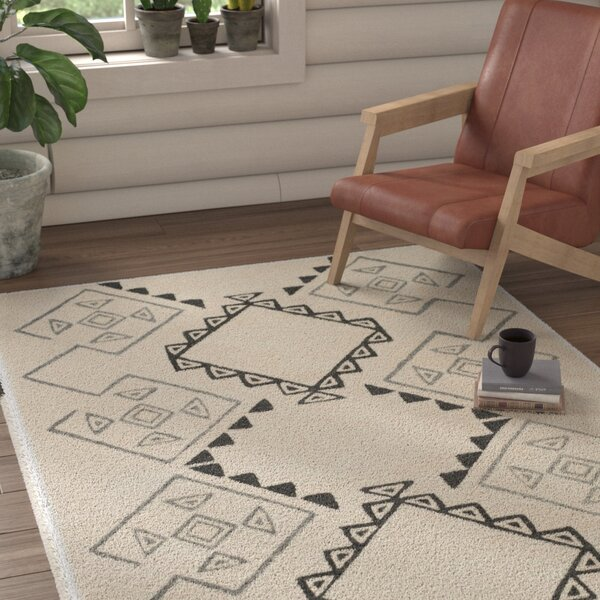 Powell Hand-Tufted Ivory Area Rug by Union Rustic