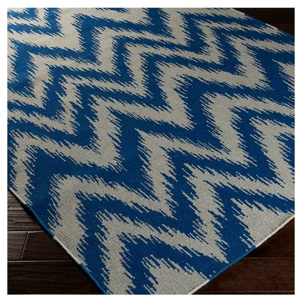 Marion Dark Blue/Dove Grey Zig Zag Area Rug by Zipcode Design