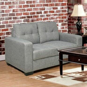 Ezra Loveseat by Beverly Fine Furniture