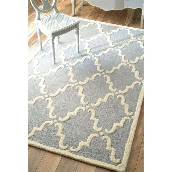 Moderna Trellis Hand-Tufted Light Blue Area Rug by nuLOOM