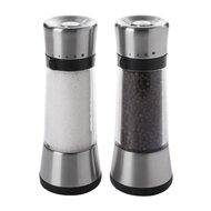 Salt And Pepper Shakers / Mills
